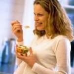 روزه گرفتن برای مادر باردار و جنین ضرر دارد؟